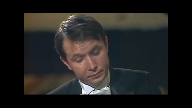 Mikhail Pletnev plays Rachmaninoff - Prelude op. 23 No. 6 in E flat major (live in Moscow, 1987)