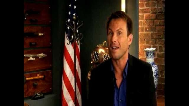 BREAKING IN's Christian Slater talks Alyssa Milano and whether Oz is good or bad