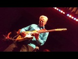 G4- Phil Collen -Tommy Emmanuel &amp Joe Satriani, PLAYING JOHNNY B' GOOD (ROCK N' ROLL)