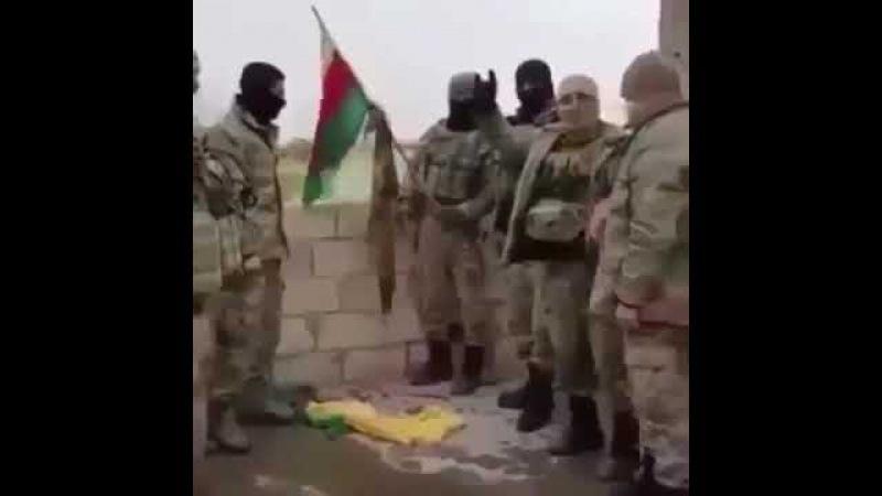 Aferin de , zeytin dalı hareketı nda, pkk bayrağını yakan Bozkurtlar