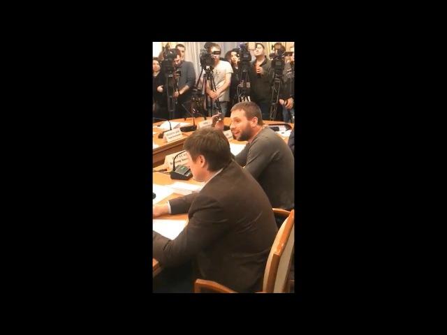 Парасюк підтримав Соболєва на комітеті