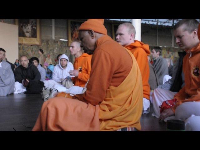 Е.С. Локанатха Свами джапа 2/ H.H. Lokanath Swami - japa 2