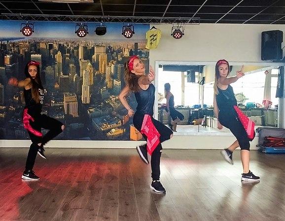 Ain't your mama - Jennifer Lopez - Easy Fitness Dance Choreography - Zumba