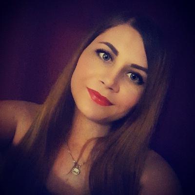Александра Рожденственская