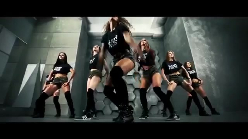 Тверк в шортиках секси Young HOT Girls dancing Booty Dance Shake Dance Twerk