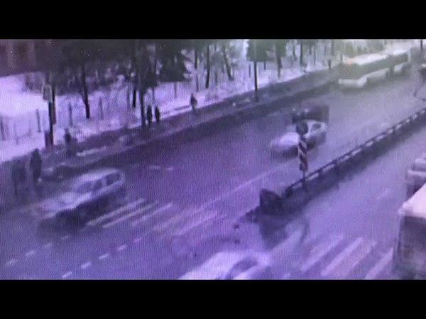ДТП с участием Скорой помощи на Липецкой улице в Москве