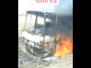 Загорелся автобус на трассе Семей — Аягоз