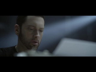 ПРЕМЬЕРА! Eminem - Walk On Water ft. Beyonce [NR]