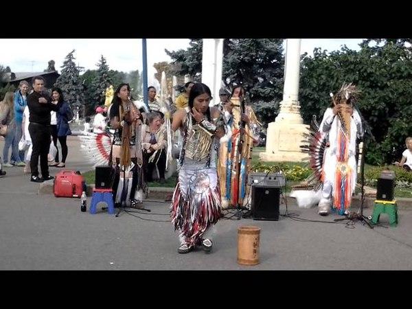 Wayra Nan 28 07 2013 6 Indigenas en Moscu.Индейцы в Москве.