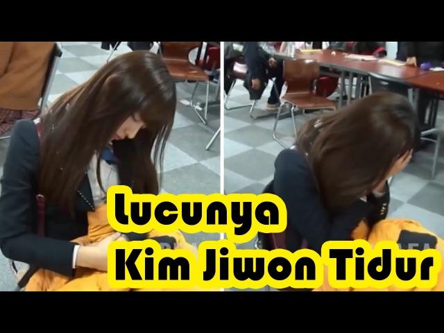 Lucunya Kim Jiwon Saat Tidur dan Terlihat Malu Waktu Ada Yang Merekam