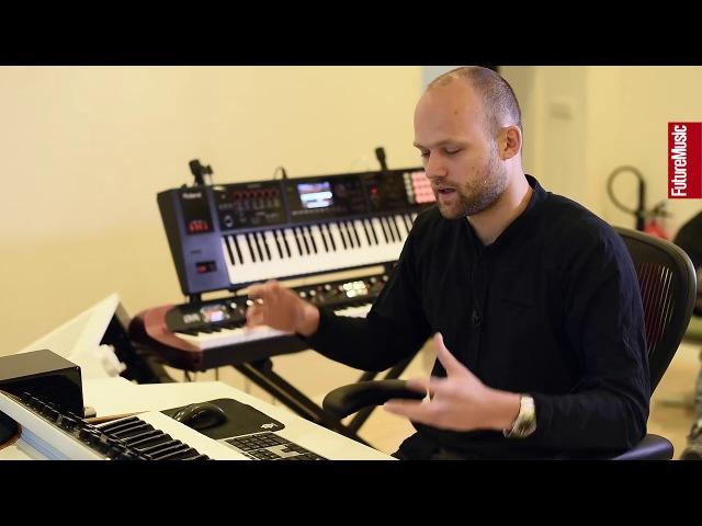 In The Studio With Noisia – part 3 (Nik Roos) (Перевод FM RUS)