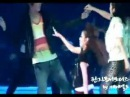 2NE1 Dara's Kiss (MAMA 2009) by GD-Supporters