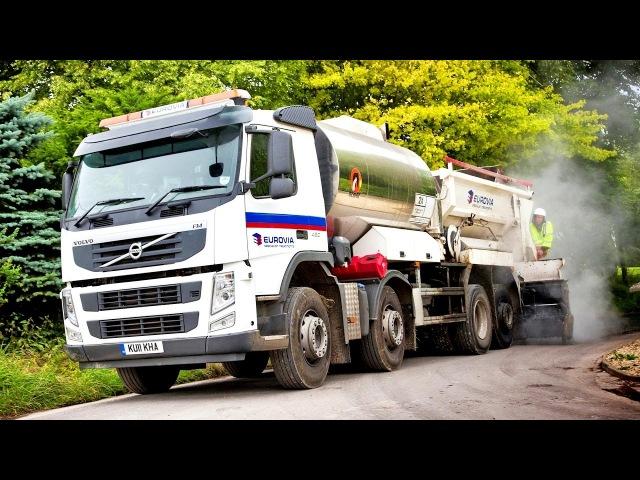 Volvo FM 420 82 rigid Day cab with Acmar highway resurfacing work body UK spec 2010 13