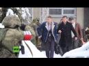 Putsch Versuch in Lugansk Bewaffnete in Tarnkleidung übernehmen Kontrolle von Regierungsgebäuden