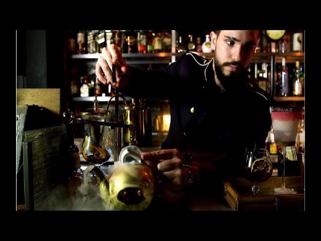 Красиво жить не запретишь: лондонский бар подаёт коктейли со съедобными бриллиантами