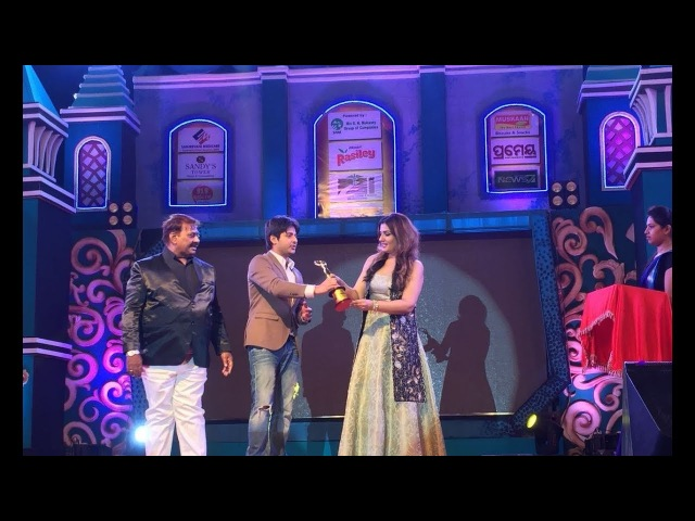 Raveena Tandon at The 8th Odia Film fair award 2018