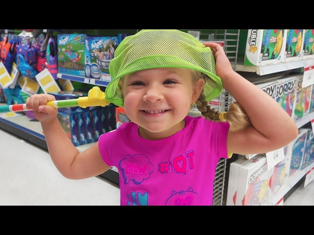 Diana with Mommy doing shopping in a toy store Funny video for kids and toddlers