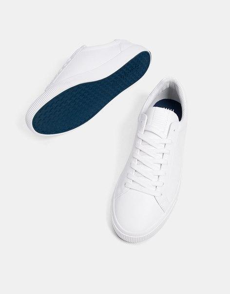 Базовые мужские кроссовки с цветной подошвой
