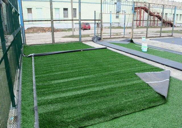 Реконструкция футбольного поля у ДЮСШ Армянка подходит к концу