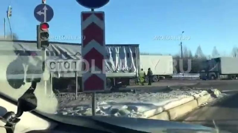 Авария с фурами на М 1 в Смоленской области