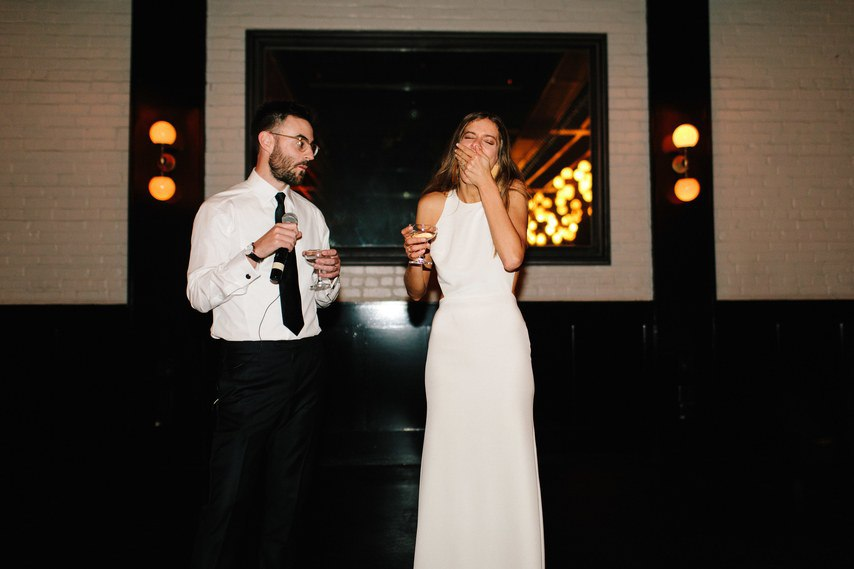 dHIPJrTCYhY - С чем не стоит торопиться после помолвки