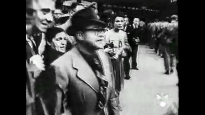 Пленные американцы в Париже летом 1944 года