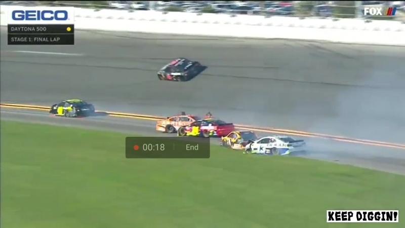 Daytona 500 day , 1 Stage Crash