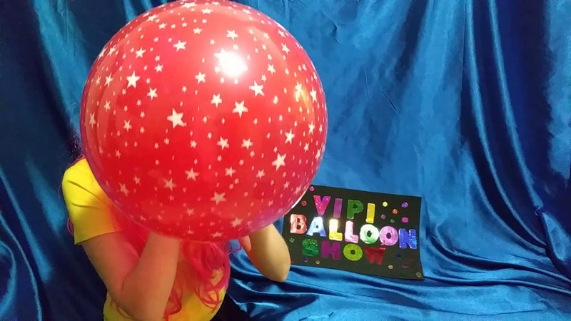 BLOWING UP AND POPPING RED STAR PRINTED BALLOON!
