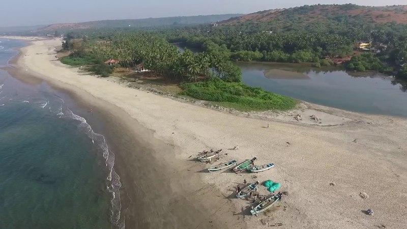 Arambol and Ashvem beach in North Goa