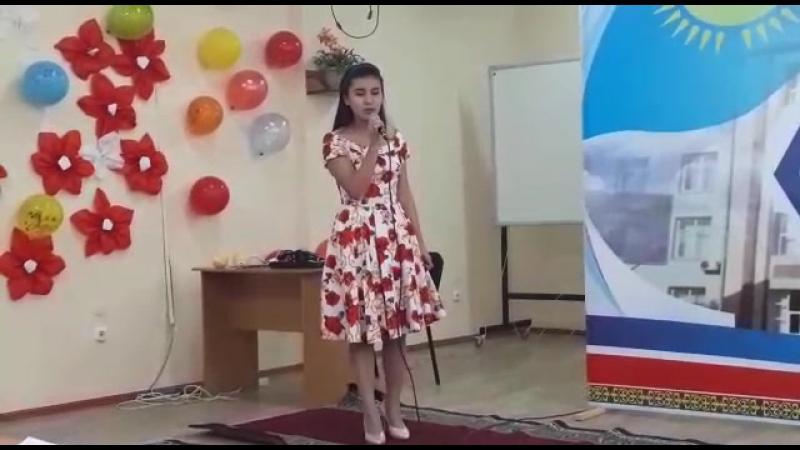 Жетім қыздың монологы  Тажаухан Аякоз