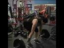 Vetta Ollons makes a deadlift