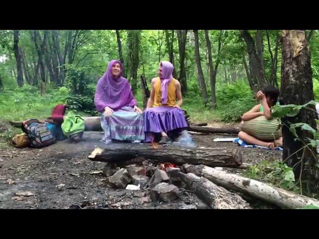 Спектакль о вайшнавских бабушках на Вьюхе))