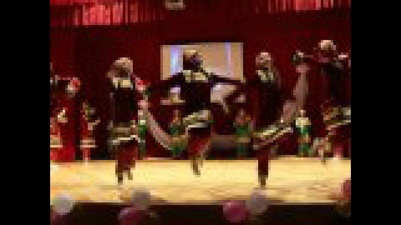 Ансамбль Молодость Буйнакска- девичий танец