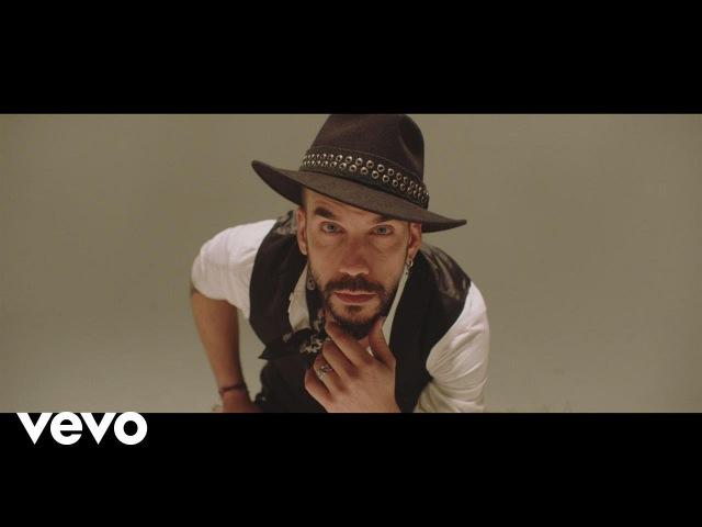 Πάνος Μουζουράκης Φωτόσπαθο Official Music Video