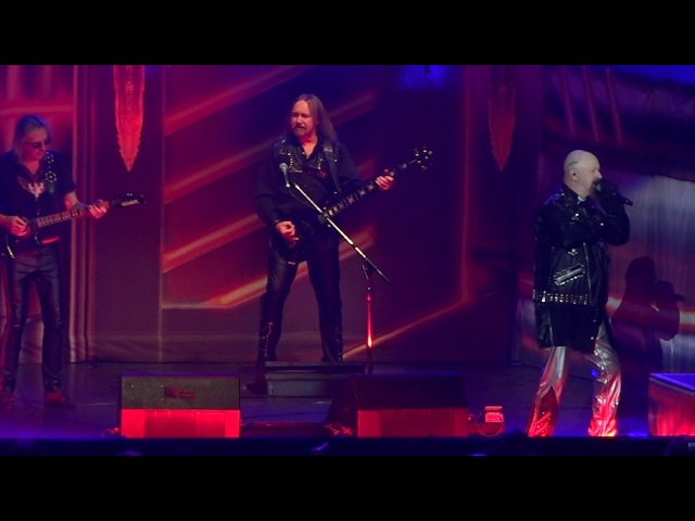 Judas Priest w Glenn Tipton Metal Gods Breaking The Law Living After Midnight Newark Nj 3 20 18