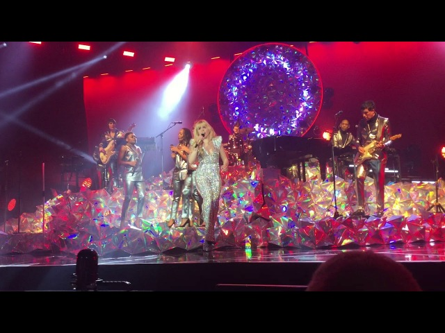Paloma Faith — Can't Rely On You (Live at Cardiff Motorpoint Arena).
