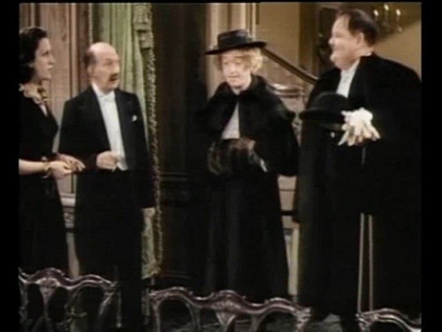 Laurel Hardy - A Chump at Oxford [1939] [Full] [Color]