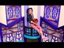 Маринетт и Тикки в замке Джокера. Игрушки Леди Баг.