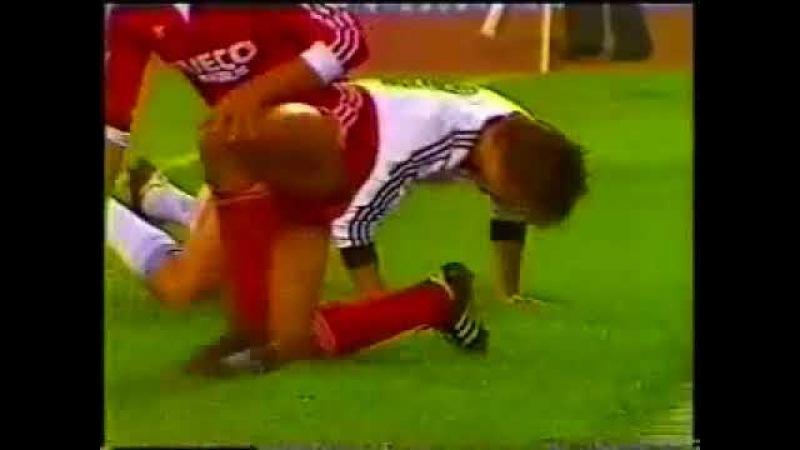 15.09.1982 КОК 1/16 финала 1 матч Торпедо (Москва) - Бавария (ФРГ) 1:1