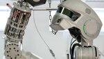 Батареи для роботов-космонавтов установят снаружи и внутри МКС