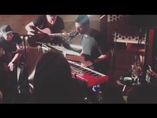 Grisha Urgant - пиротехника (live)