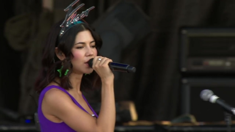 Marina And The Diamonds – Savages (Live, Sziget, 2015)