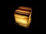 Оникс камень. Интерьеры из оникса. Черный оникс. Драгоценные камни kamen-znak.ru