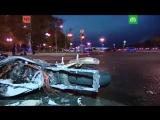 Мотоцикл BMW врезался в Bentley в центре москвы.