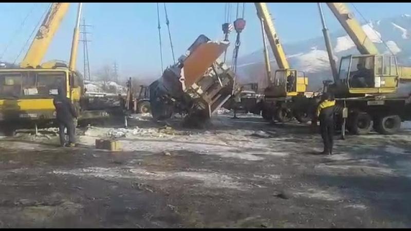 44 тонны дробилку мы переворачивали