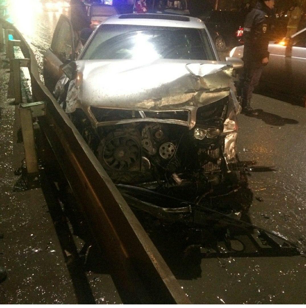 В Трусовском районе Астрахани произошло ДТП с участием четырех автомобилей