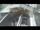 В Стамбуле  мужчина попал в рабочее пространство механизма эскалатора,