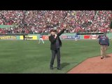 Neil Diamond Singing Sweet Caroline In FenWay Park 42013