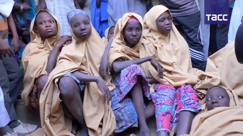 Нигерийских школьниц спасли из плена