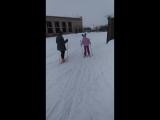 как бабушка проводит выходные с внуками мы не лыжники но к этому готовимся